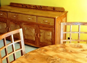 Cotswold Suite With Sideboard
