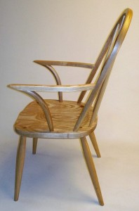 Side of hairpin armchair
