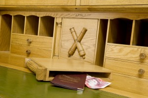 Bookend Compartments